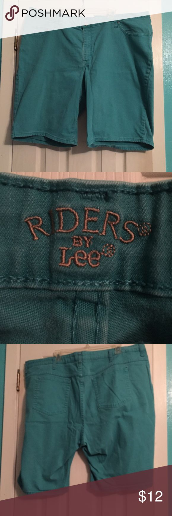 Riders by Lee Teal / Aqua Shorts Teal / Aqua Shorts Good condition. Size: 26W Medium  Measurements: Rise: 13 in, Waist: 21.5in, Leg- L: 10in   W: 12.5in. Riders by Lee Shorts Jean Shorts