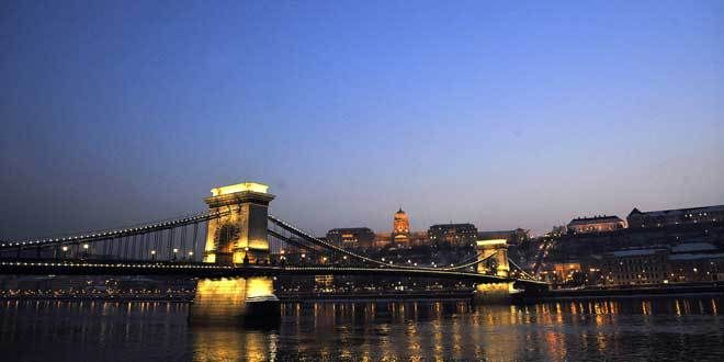 budapest Travel Top 5: Major European cities with the cheapest hotel rates Since the fall of Communism, Hungary's capital has been welcoming tourists who want to discover Eastern Europe, a region that had been cut off for so long. Today, it's a thriving, modern city, but one with many sites that preserve its historic past. It is truly a gem. Average room price:  $110  H