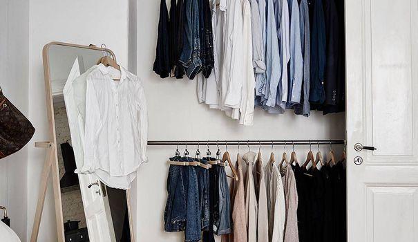 les 25 meilleures id es de la cat gorie garde robe de chambre sur pinterest placards de. Black Bedroom Furniture Sets. Home Design Ideas
