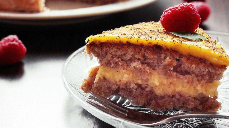 Mandelkake med vanilje og sitronkrem