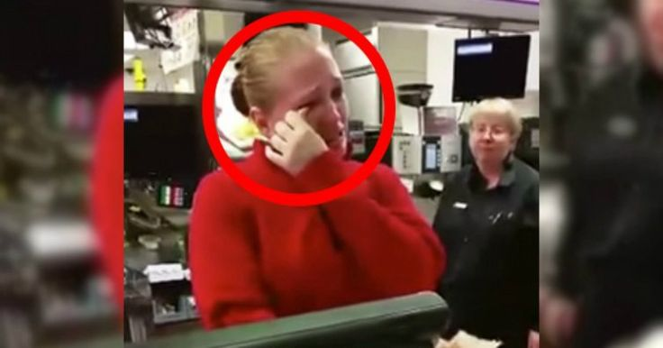 Single Mom At McDonalds Starts Crying When A Rich Old Lady Asks Her A Simple Question