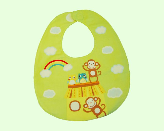 This beautiful green Monkey and Owl bib is the perfect complement to any outfit. This bib is very absorbent and was handmade with love in Australia.