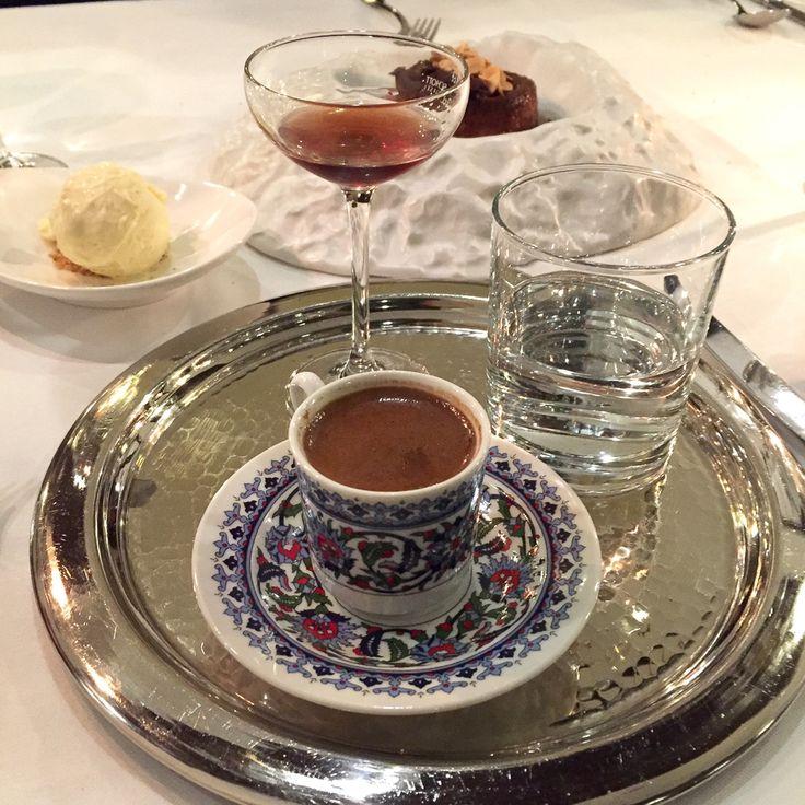 Das türkische Restaurant Honça in Wilmersdorf serviert eine sehr schmackhafte, feine türkische Küche mit internationalen Einflüssen.
