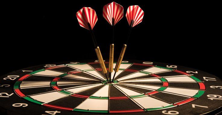 Samen met mijn man volg ik de verschillende dart competities! En zelf een pijltje gooien, daar ben ik ook nog wel voor in!