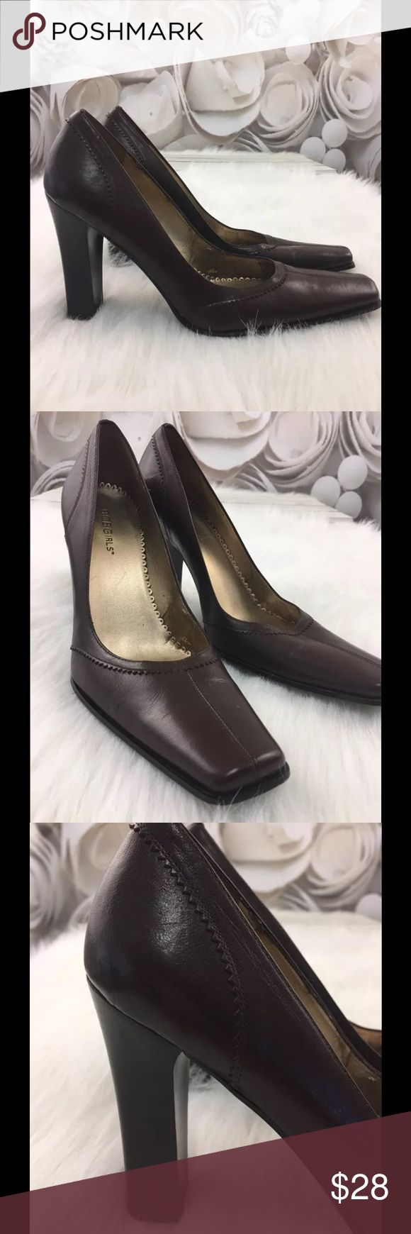BCBGirls Heels Womens Brown Leather Career Sz 8.5B BCBGirls Heels Womens Pumps Shoes Brown Leather Square Toe Career Brown Sz 8.5B  Shoe Details: Brand: BCBGirls Style: Pumps / Heels Condition:  Excellent Used Condition Fabric:  Leather Size:  8.5B Colors/Patterns:  Brown / Solid BCBGirls Shoes Heels
