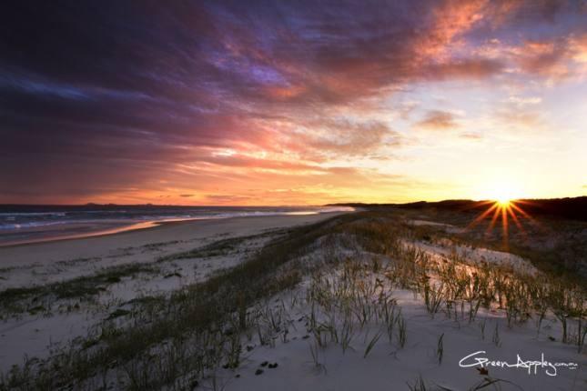 Sandune Sunset at Yagon Beach - Australia via www.greenapplez.com.au