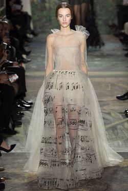 Défilé Valentino haute couture printemps-été 2014|0