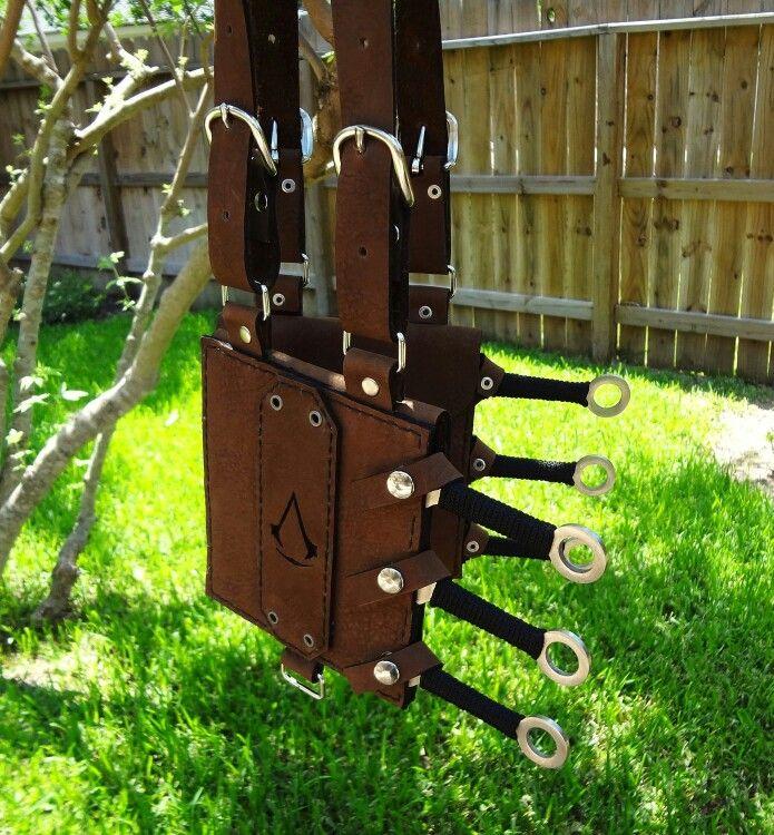 Assassin knife sheath