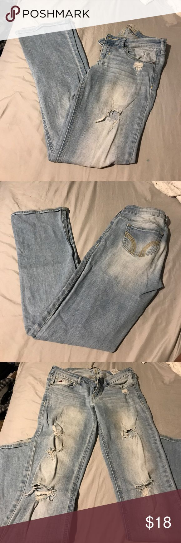 Hollister boot cut jeans Hollister size 3s boot cut jeans. Good condition, other than the very bottom of the jeans (shown in pics). Hollister Jeans Boot Cut