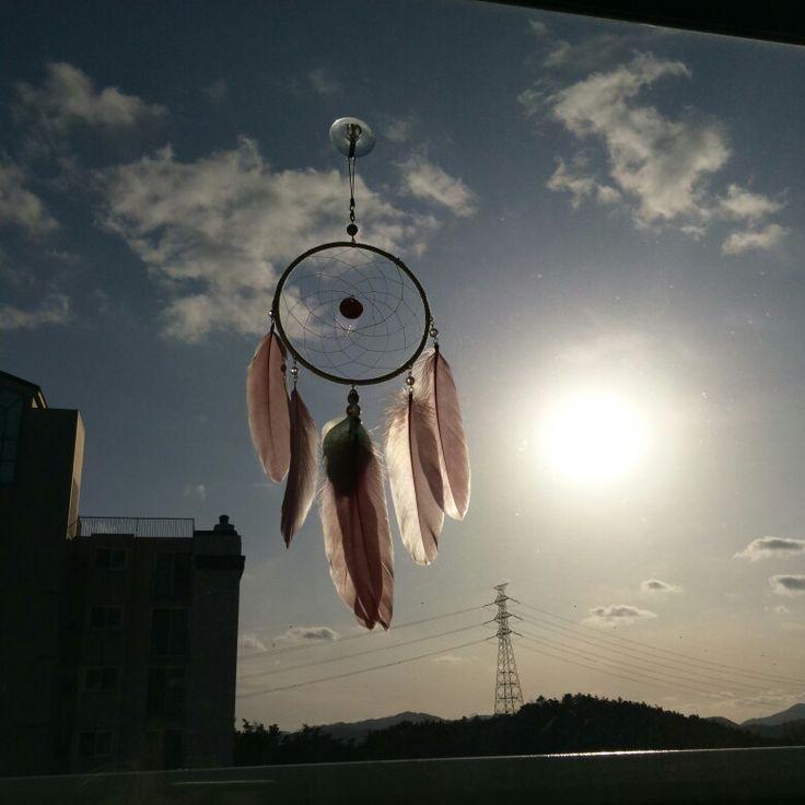 하늘빛님 드림캐처패키지로만든 밤하늘과 달 같지만 오후의 태양... 미세먼지 가득한 하늘 ㅜㅜ