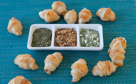 Extraordinary Cheese Dip Appies