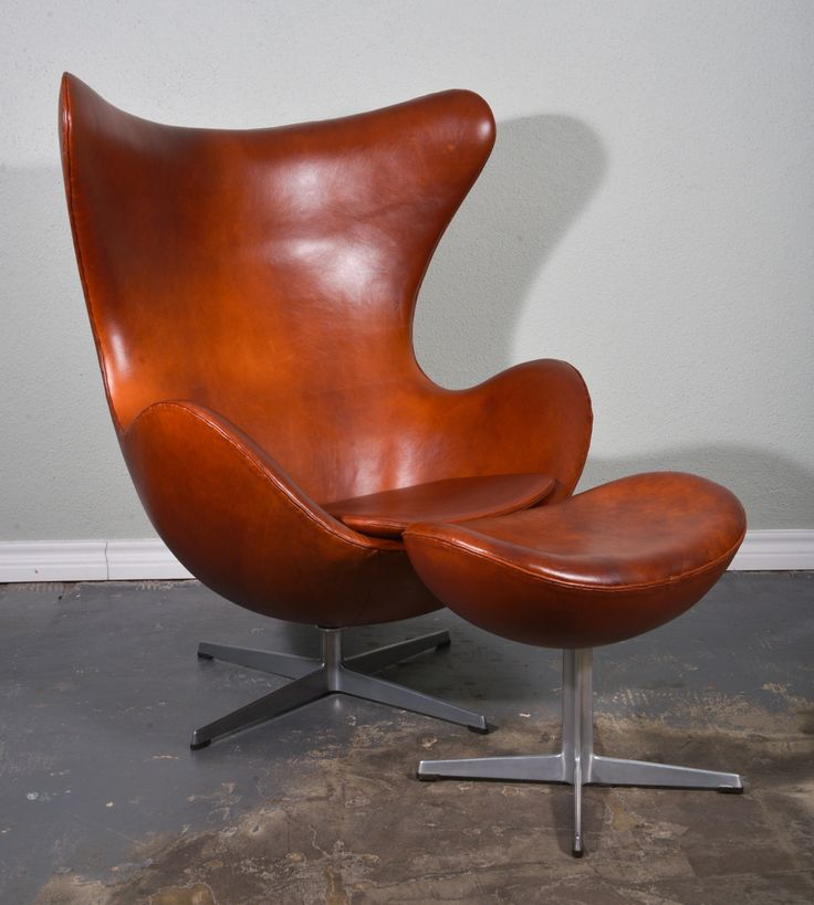 1stdibs.com | Arne Jacobsen Egg Chair and Ottoman