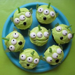 Alien Cupcakes...would be SO cute for the first week!!!