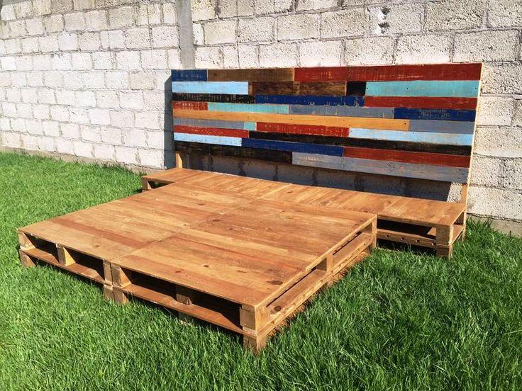 17 best ideas about pallet platform bed on pinterest. Black Bedroom Furniture Sets. Home Design Ideas