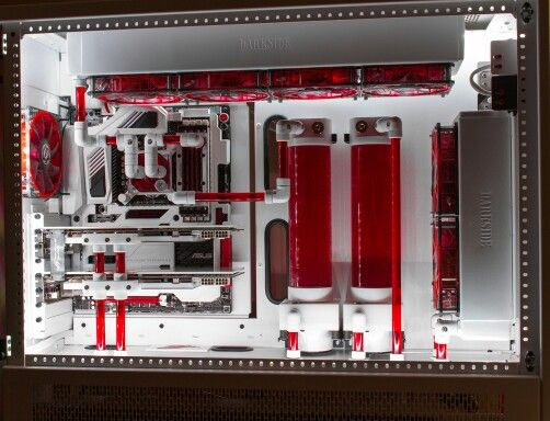 Red white computer pc tower liquid cooled setup case | Computer rig