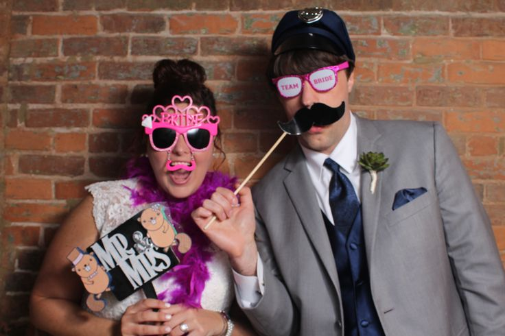 Torres Photo Booth - Photo Booth Rental Prices, Studio Quality Photo Booth Rental, Wedding Photo Booth