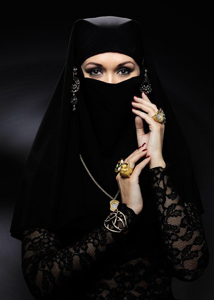 Монеты в хиджабах #10
