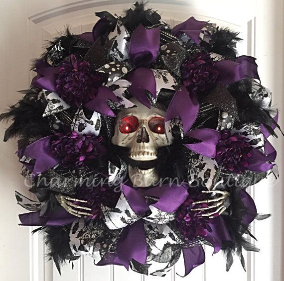 Halloween Wreath, Light Up Halloween Wreath, Skull Wreath, Skeleton Wreath…                                                                                                                                                     More
