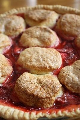 strawberry ruhbarb cobler pie.