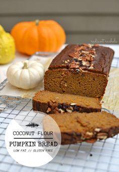 Coconut Flour Pumpkin Bread (Gluten Free) | http://www.radiantrachels.com/coconut-flour-pumpkin-bread/