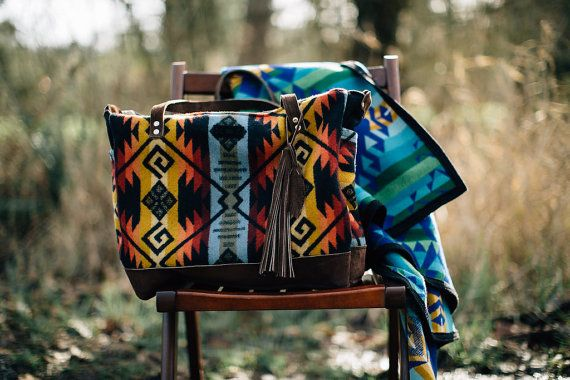 Being a mother of 4 I know how important it is to have a good diaper bag. And being who I am I want a diaper bag that actually looks cool. This