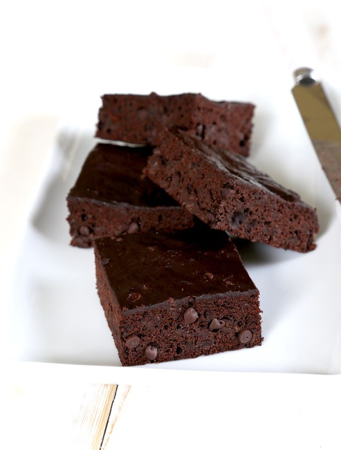 Weight Watchers-Style Gluten Free Chocolate Zucchini Brownies | Gluten Free on a Shoestring