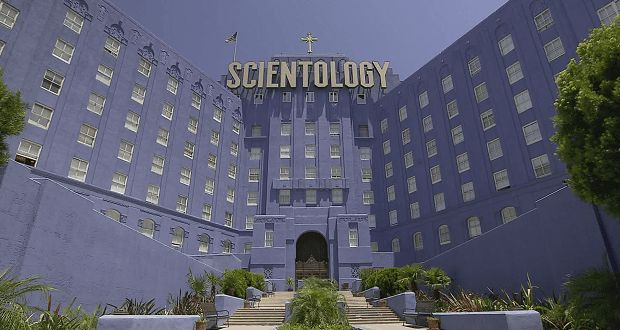 "GOING CLEAR SCIENTOLOGY E LA PRIGIONE DELLA FEDE - Nuovo film-documentario del premio Oscar Alex Gibney (Taxi to the Dark Side,) Going Clear: scientology e la prigione della fede tratta le tematiche della setta, rifacendosi al saggio di Lawrence Wright intitolato ""Il transfuga. Scientology a Hollywood""."