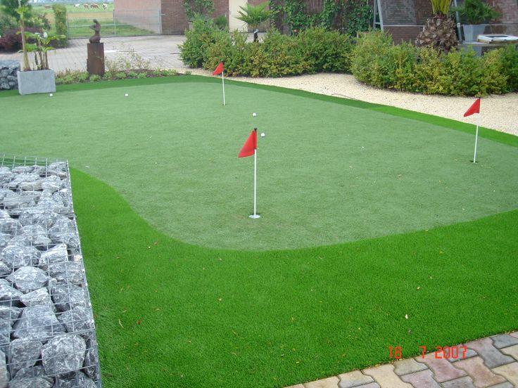 putting green de cesped artificial colocado en jardin de la moraleja