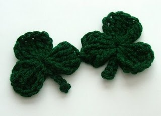 Shamrock!: Hair Barrettes, Crochet Ideas, Knits Crochet, Crochet Geek, Free Patterns, Crochet Patterns, St. Patrick'S, Crochet Shamrock, Crochet Knits