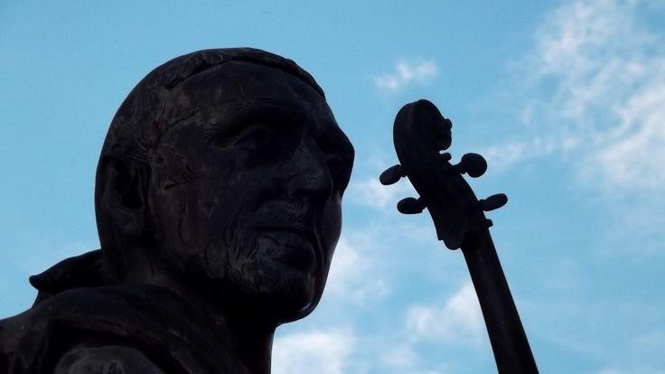 Monumento a Stradivari
