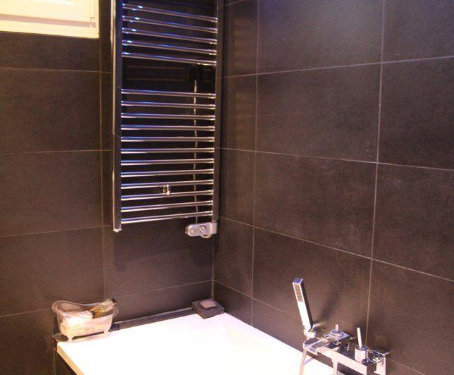 Les 25 meilleures id es de la cat gorie salle de bain f minine sur pinterest - Recouvrir un carrelage mural de salle de bain ...