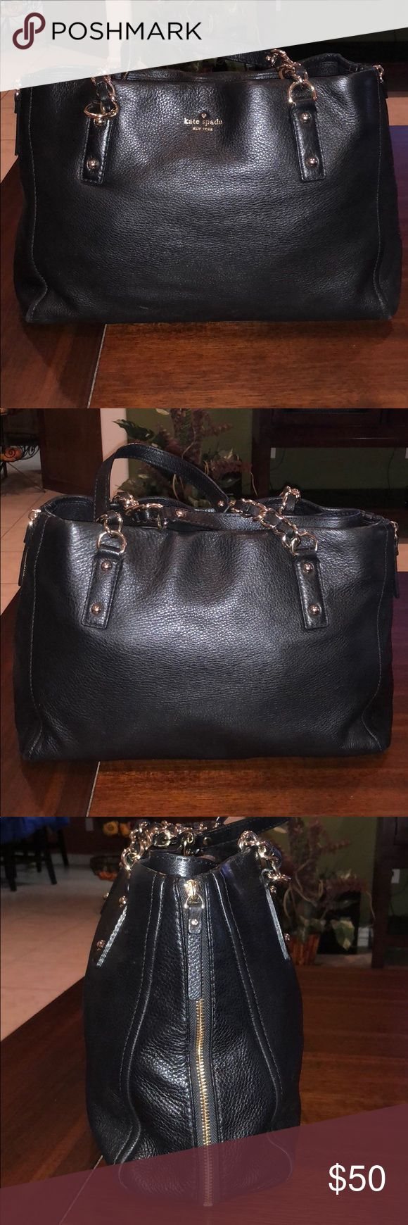 KATE SPADE NEW YORK LEATHER BLACK BAG bag in leather, it is used, it has wear spots, marks, inside and outside of it, nothing serious but visible, its sale is Final, It is not new it is used, it is sold as it is, that is why it is its low price, to see very well each and every one of the photos before buying thank you kate spade Bags Hobos
