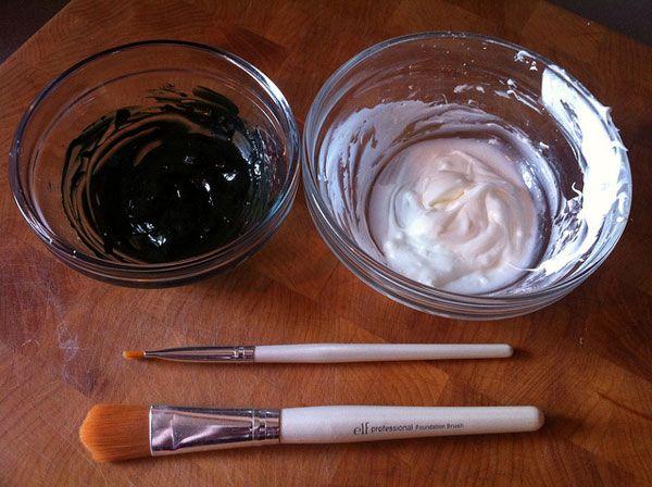 Homemade Halloween makeup recipe using just water, cornstarch, cold cream + food coloring!