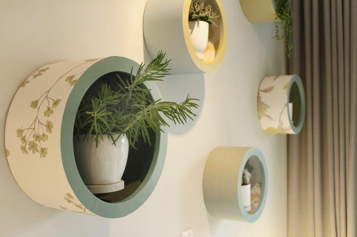 Old dog bowls - how cool - Studio Marijke Schipper: televisie