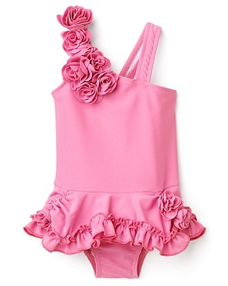 i think this is a little girls swimsuit....juicy needs to seriously think about making it in big girl sizes...please!!!