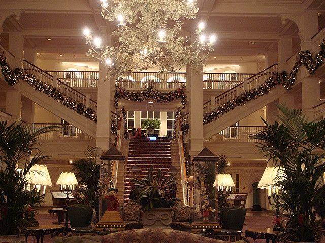 Les 25 meilleures id es de la cat gorie hotel disneyland for Sejour complet disneyland paris