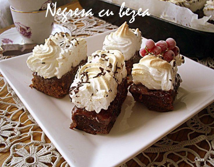 Reteta culinara Negresa cu bezea -  400 din categoria Prajituri. Cum sa faci Negresa cu bezea - reteta 400