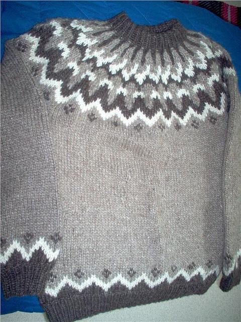 Icelandic lopi sweater by Mytwist, via Flickr