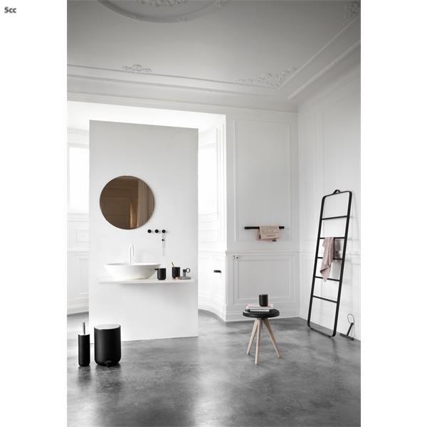 Menu handdoekhouder Norm Bath zwart - Handdoekhouders - Badkamer-Toilet - Design bestel je online | 5cc.nl