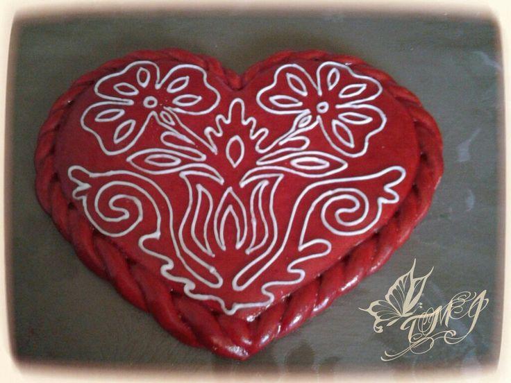 Folk art heart by TMJcreative.