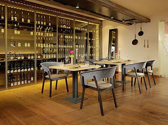 3002/4, Restaurant Philipp Soldan, Hotel Die Sonne, Frankenberg, Germany