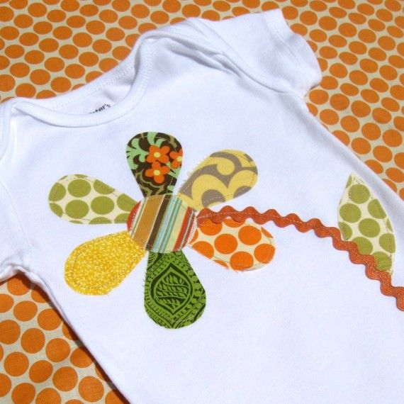 Items similar to READY TO SHIP- Onesie- Patchwork Daisy- autumn- size 0-3mos on Etsy                                                                                                                                                                                 Más