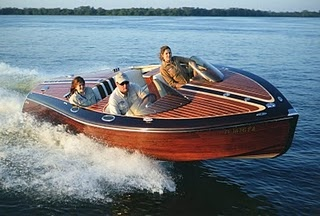 Saetta Classic Boats... modern construction, classic feel and look. These guys do an amazing job!