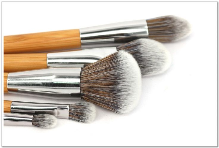 Handy Brush Set //Price: $37.20 & FREE Shipping //     #smile #pretty #ootd