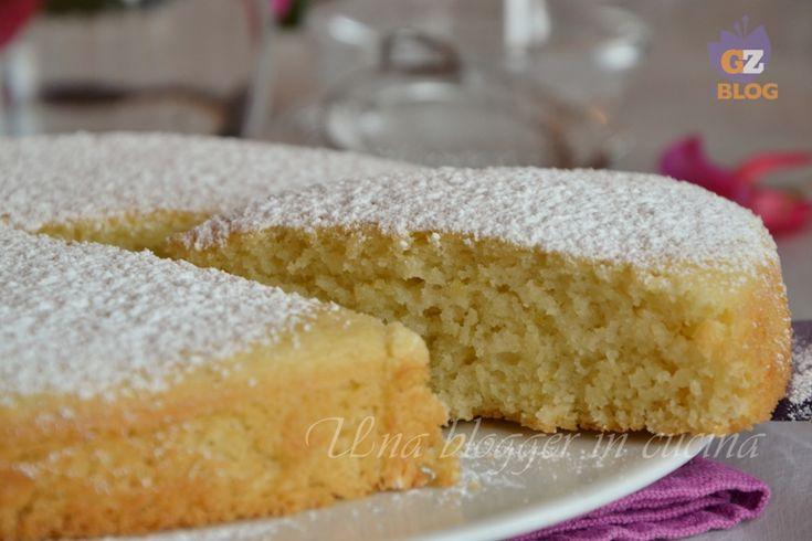 Cari lettori, avevo già provato alcune ricette per preparare la torta all'acqua, ma devo dire che questa le batte tutte! E' sofficissima