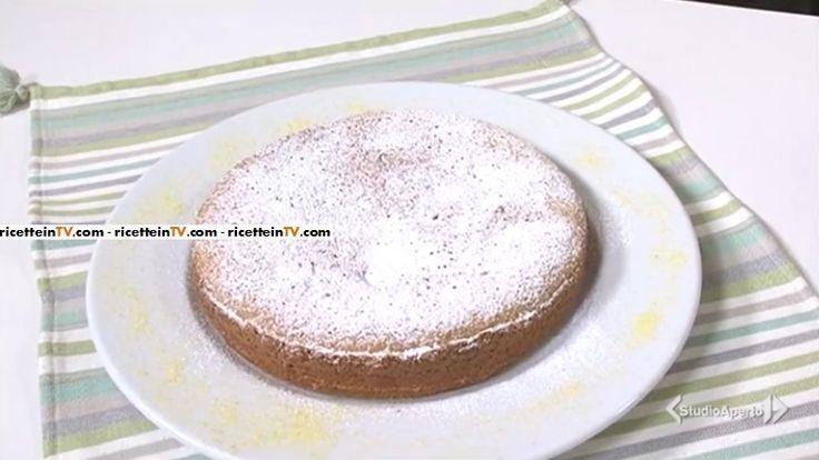 La ricetta della torta 4 tazze, proposta da Tessa Gelisio nella puntata odierna (5 aprile 2017) di Cotto e mangiato. Un dolce semplice e velocissimo!