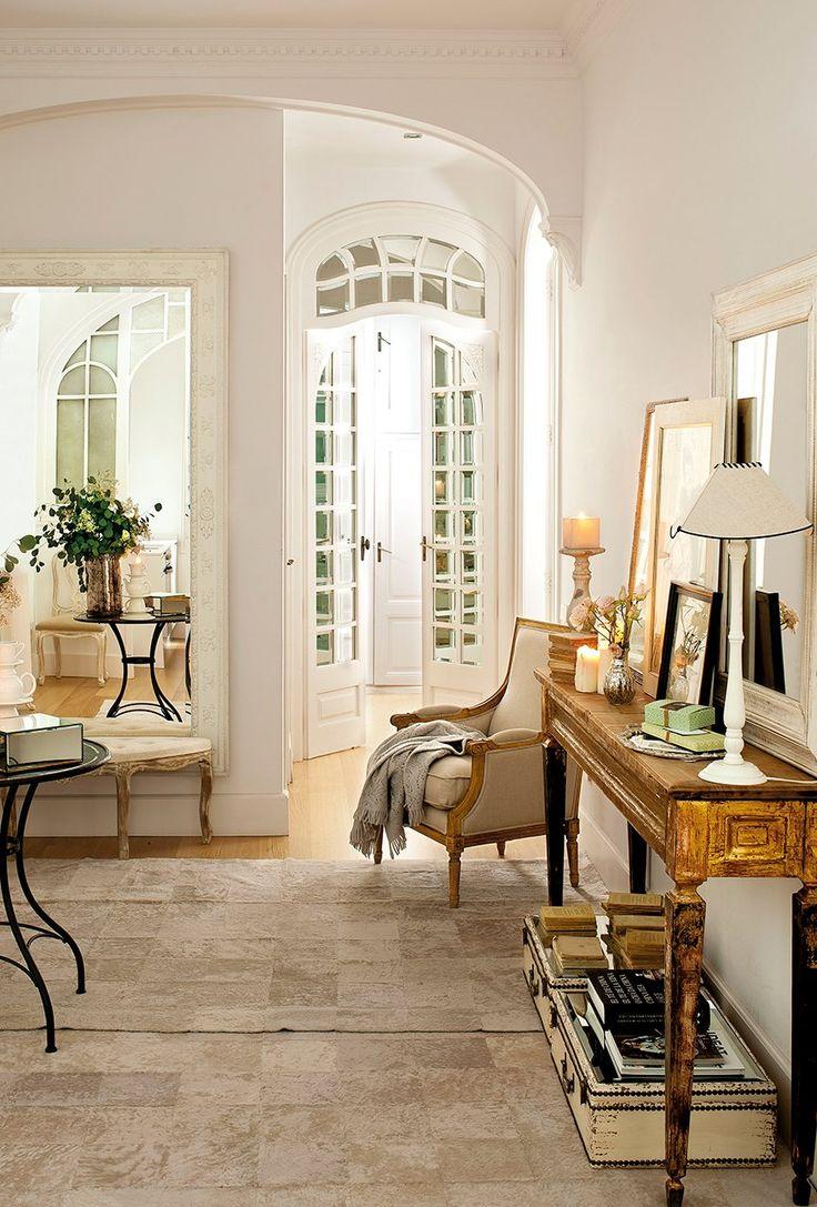 17 best images about home exterior ideas on pinterest - Como decorar un recibidor pequeno ...