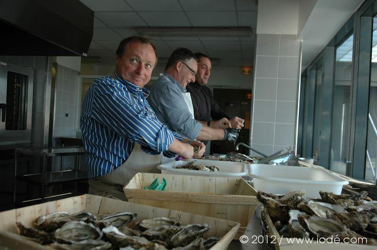 6 décembre 2012 : lancement officiel HCM dans la salle panoramique du Conseil Général de Charente Maritime (avec la superbe vue sur sur îles d'Aix, Oléron, fort boyard…) ... Ouverture des huîtres HCM