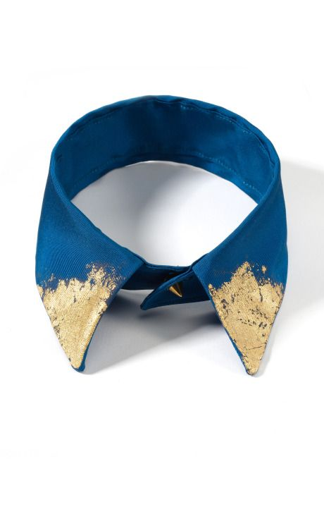 A modern day translation Dothraki Blue collar necklace with gold leaf  PEACOCK FAILLE WITH GOLD LEAFavailable to order fromm'oda o'perandi  DIY a blue collar and buy some gold leaf paint at your local craft store to get a low-cost version of this look! Anyone interested in a tutorial?
