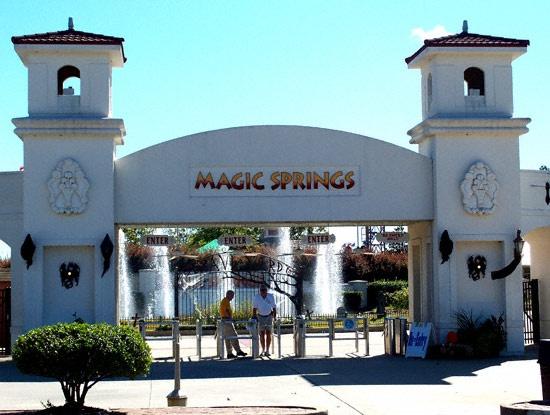 Magic Springs And Crystal Falls Theme Park, Hot Springs